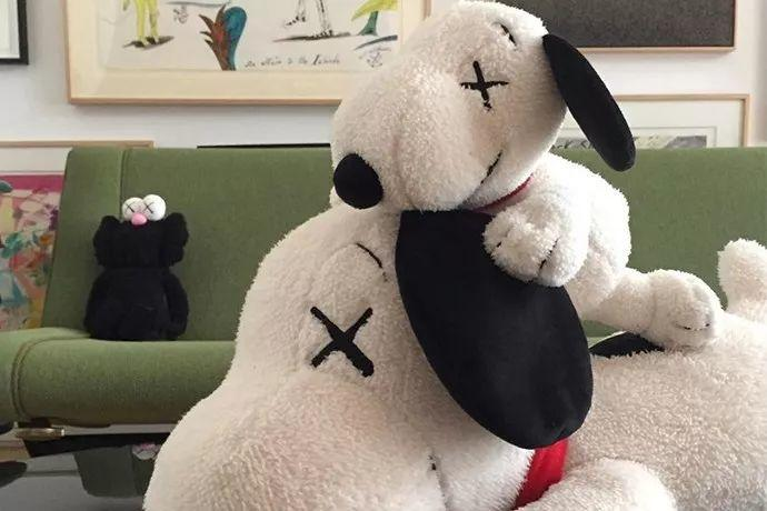 超重磅:Kaws x 优衣库联名2019年春夏系列泄露,疑即将发售!