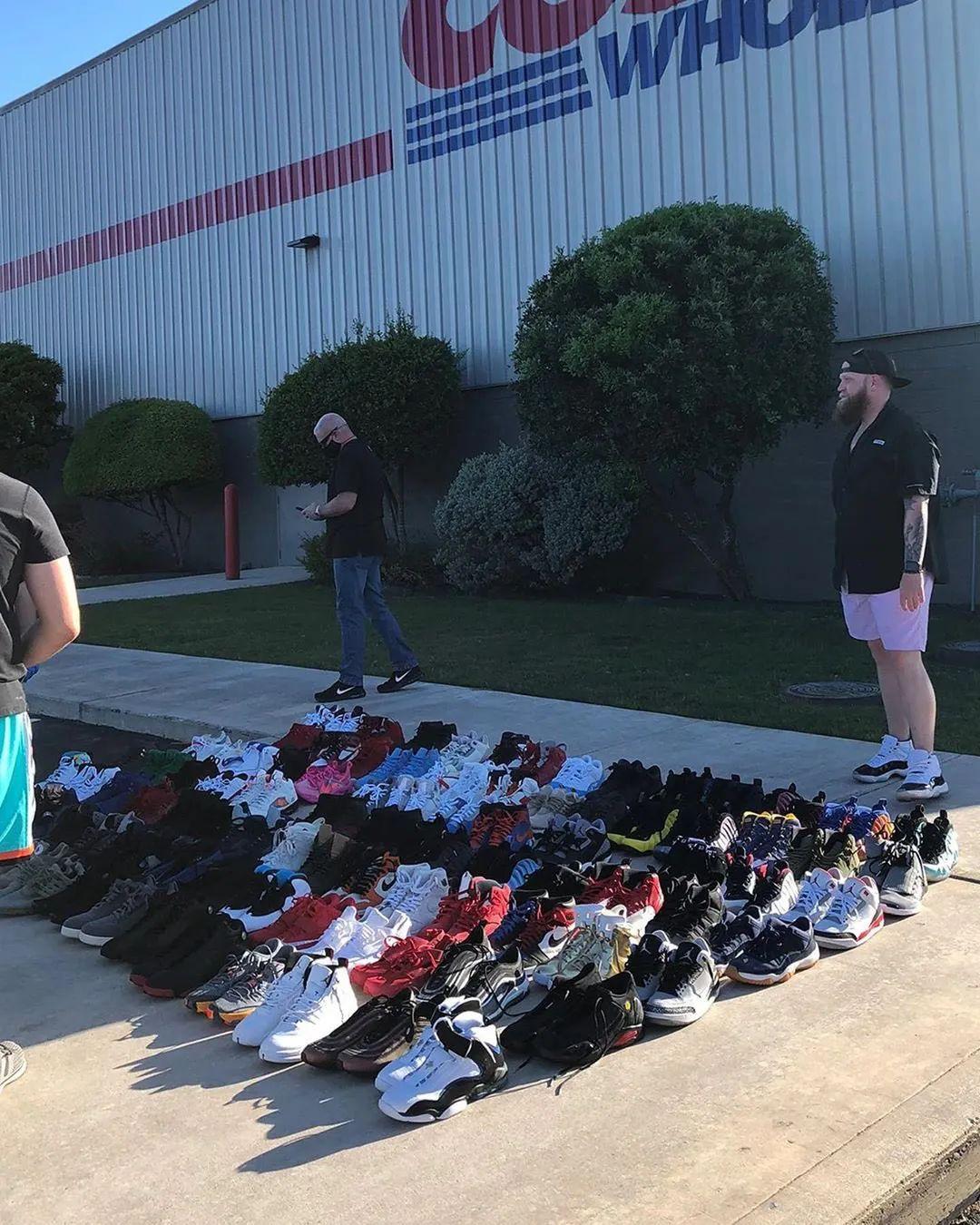 先到先得,100双AJ/Nike被扔超市门口,有OW x AJ1芝加哥!