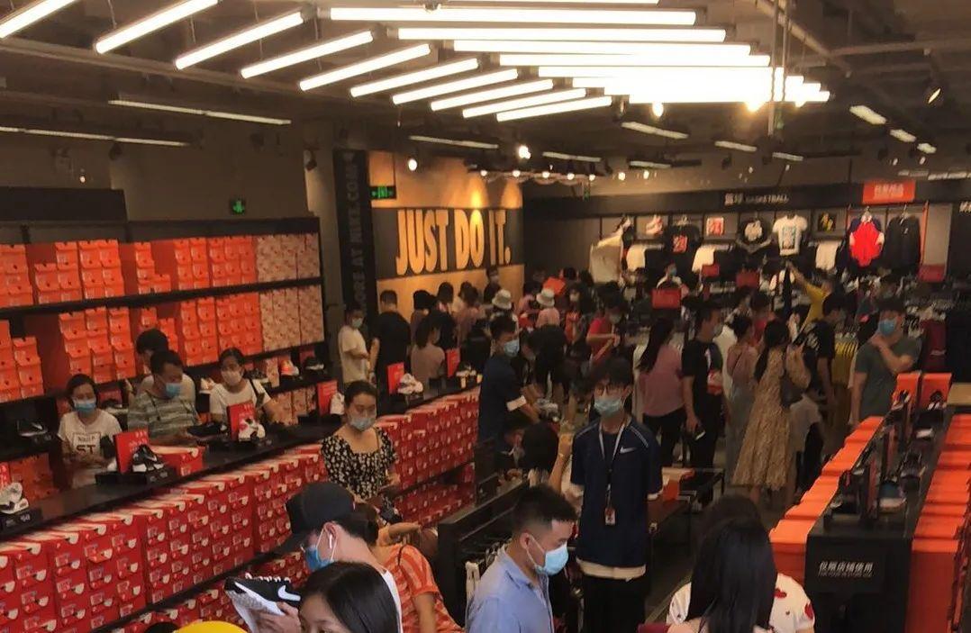 鞋圈寒冬:Nike宣布裁员,3个月亏损55亿!