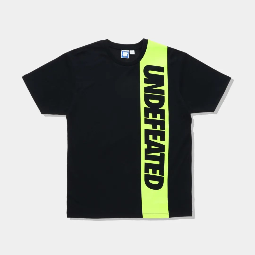 印Logo?星巴克 x UND联名T恤系列曝光,官网将限量发售!