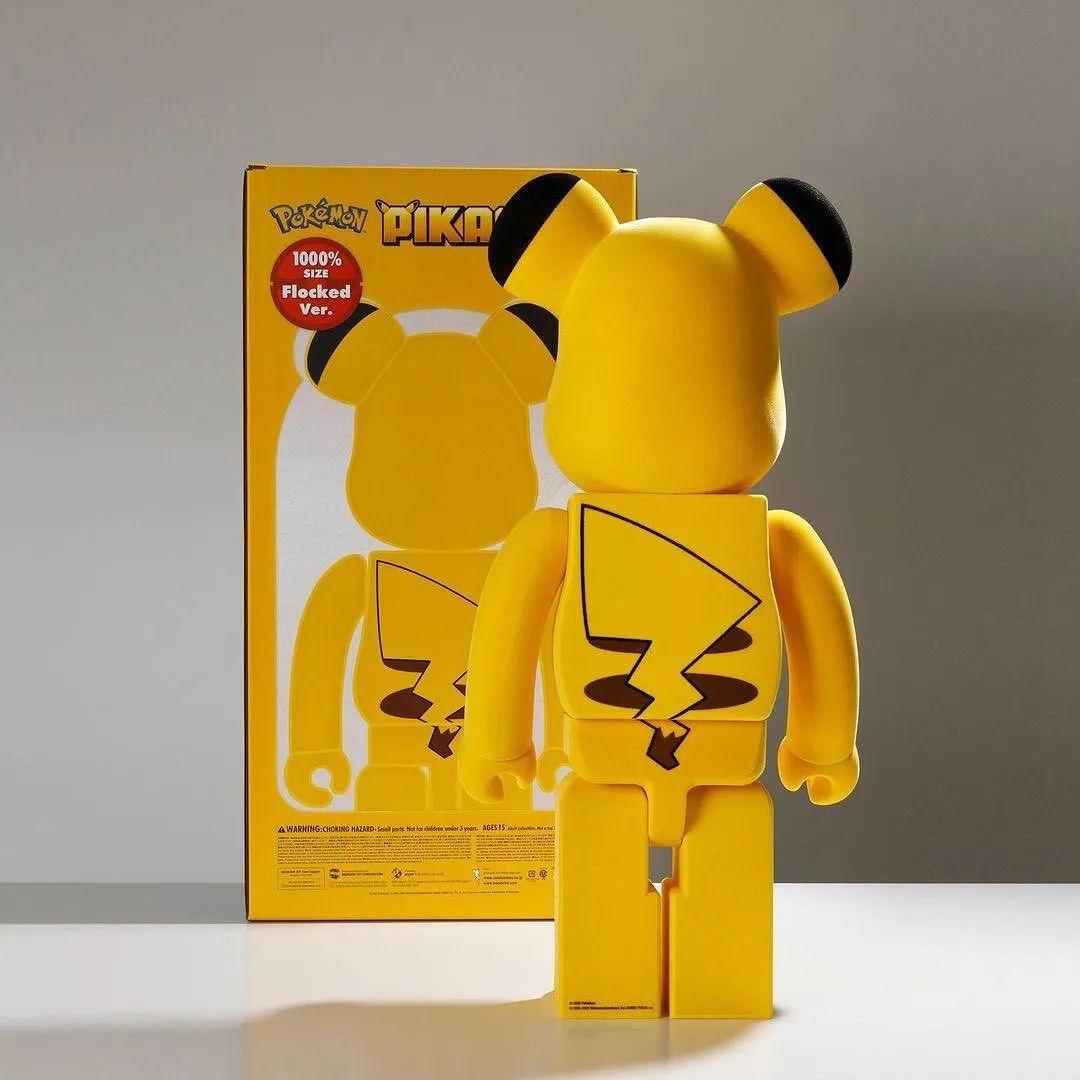 炒上万的耐克SB x 积木熊联名又补货!皮卡丘合作款也发售!
