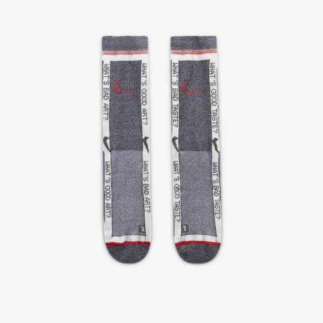 朱朝阳要入?Snkrs实锤发售Off-White x 耐克联名新款钉鞋!