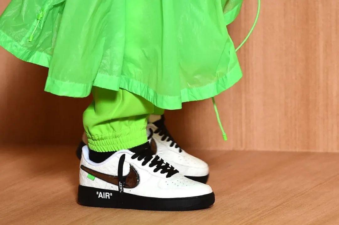 主理人晒LV x Nike联名棋盘格实物!VIC客户已订完,即将发售!